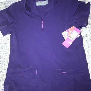 MedCouture AIR Grape colored size SMALL scrub top